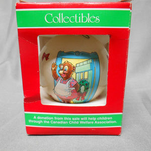 Collectible Christmas tree ornament bear bow theme